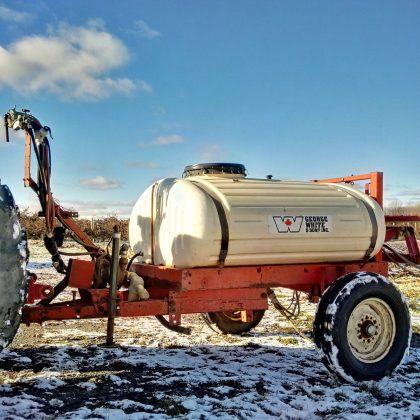 Pulvérisateur 300 gallons