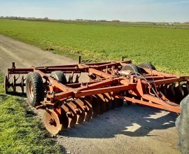 Massey-Ferguson disc harrow 520