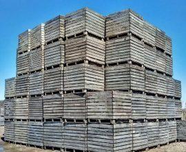 Boîtes de bois (400 environ)