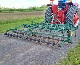 9,5-foot cultivator with roller basket