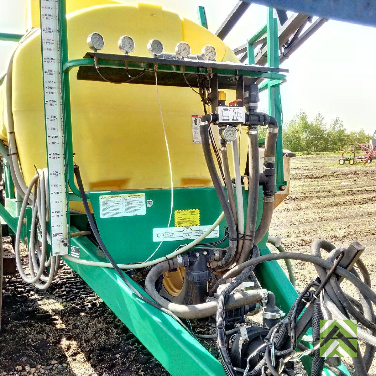 MS sprayer 1000 gallons - 19,000$