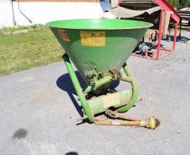 Épandeur d'engrais ou sel (Italie), 400 litres