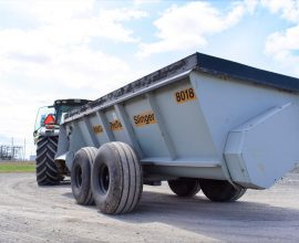 Knight 8018 manure spreader