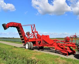 Lamarre onion harvester (#2)